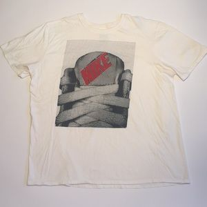 Nike ShoeString & Tongue Image Logo T-Shirt